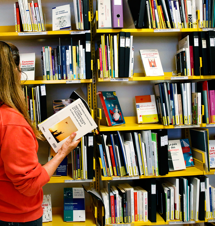 Bibliothèque Thèmes